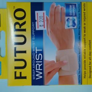 อุปกรณ์ช่วยพยุงข้อมือ Futuro ปรับขนาดได้